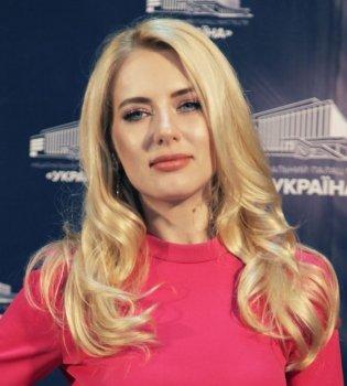 Ольга Горбачева сменила профессию и стала учительницей
