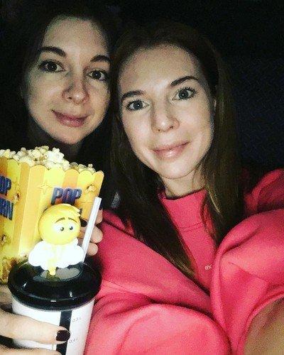 «Как неузнаваемо ваше лицо»: фолловеры недоумевают, что случилось с внешностью 35-летней Подольской