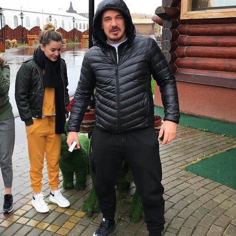 Курбан Омаров объяснил, почему и дальше будет раздражать подписчиков своими усами