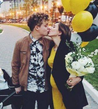 Звезда Голосу країни и Новой волны Вячеслав Рыбиков стал отцом