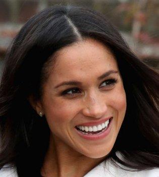 Сексуальная принцесса: в сети обсуждают горячие кадры с невестой принца Гарри (Фото)
