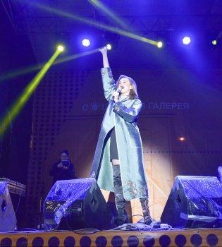 Праздник для души: в Кривом Роге Мария Яремчук исполнила песню своего отца «Родина»