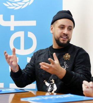 Берем пример: Monatik присоединился к фонду ООН и призывает молодежь проходить тест на ВИЧ (фото)