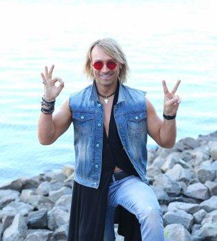 Больше миллиона просмотров: новое видео Олега Винника вызвало ажиотаж в сети (Видео)