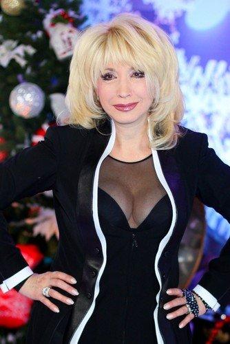 «Не тусуюсь и никому не завидую»: Аллегрова рассказала, как в 65 ей удается выглядеть так молодо