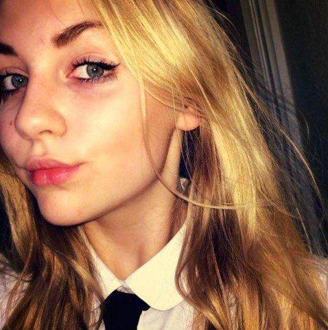 Школьницу, отдавшую волосы на благотворительность, отстранили от занятий
