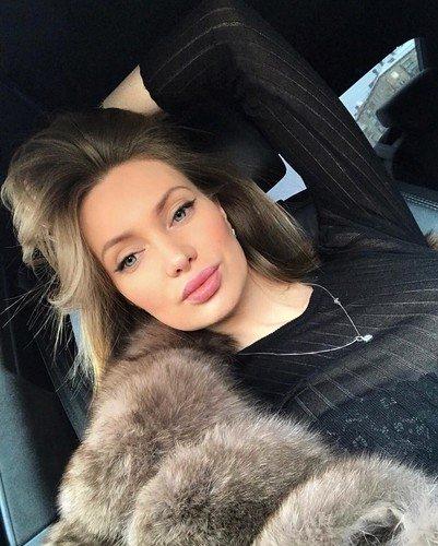 На новом фото Евгению Феофилактову не отличить от Анджелины Джоли