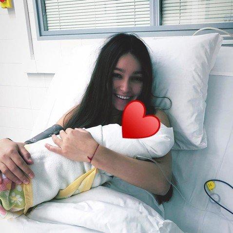 Жена Мота показала, как выглядит через 2 дня после рождения сына