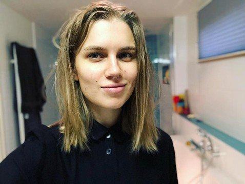 Поклонники звезды «Папиных дочек» Дарьи Мельниковой считают, что ей не стоило делать пирсинг в носу