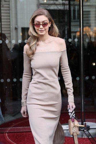 На исхудавшей Джиджи Хадид висит даже платье размера XS
