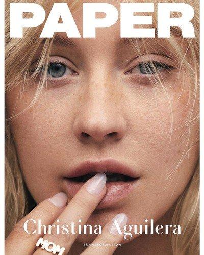 «Выглядит на 15»: Кристина Агилера снялась без мейкапа для обложки журнала