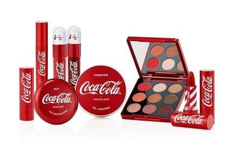 Праздник к нам приходит:Coca-Cola запустила свою собственную линию косметики