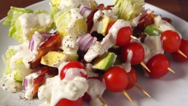 10 несложных новогодних блюд из доступных ингредиентов, которые можно приготовить в последний момент