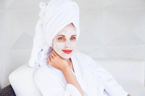 Какую ошибку совершают все женщины при использовании масок для лица