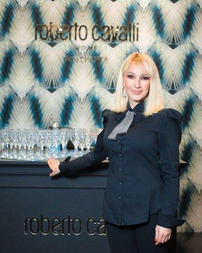 Лера Кудрявцева поставила на место подписчиков, раскритиковавших ее новую прическу