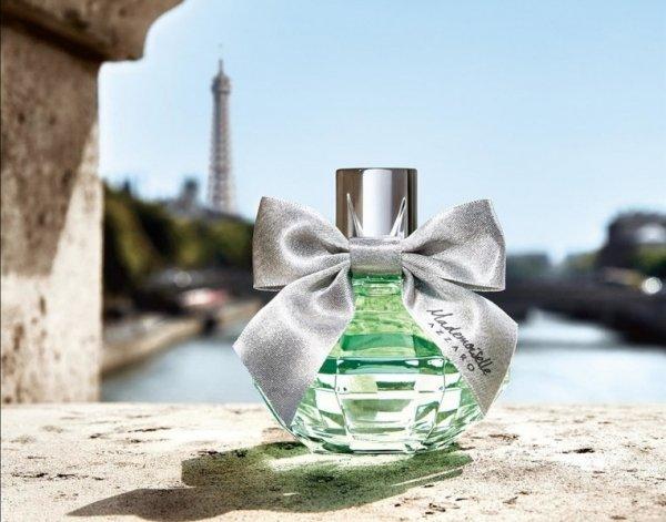 Из Парижа с любовью: Azzaro пополнил коллекцию парфюма Mademoiselle новым ароматом