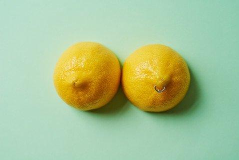 Грудь — истинное лицо женщины? Как определить характер по форме бюста