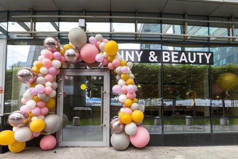 В «Москва-Сити» открылся новый салон Nail Sunny & Beauty