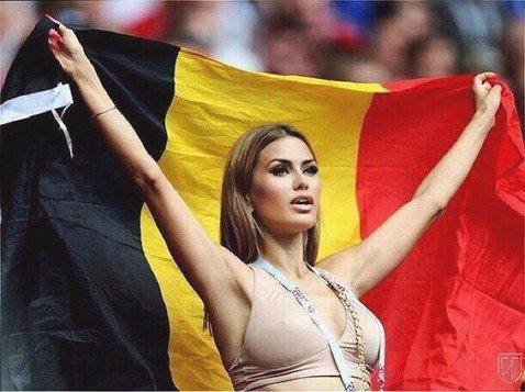 Лифчик-счастливчик: Виктория Боня болела за сборную Бельгии на ЧМ-2018 в одном бюстгальтере