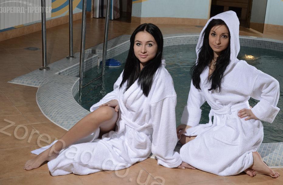 Женские махровые халаты турецкого производства