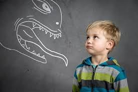 Ребенок дома один — кошмар или праздник для родителей