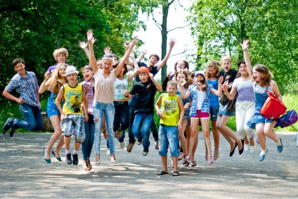Как организовать и подготовить ребенка к поездке в летний лагерь.