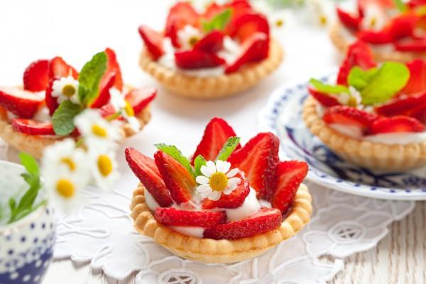 Сладкие рецепты клубничных десертов!