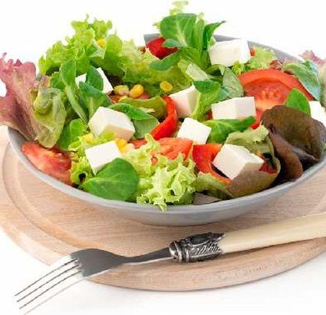 9 диетических салатов вместо ужина.