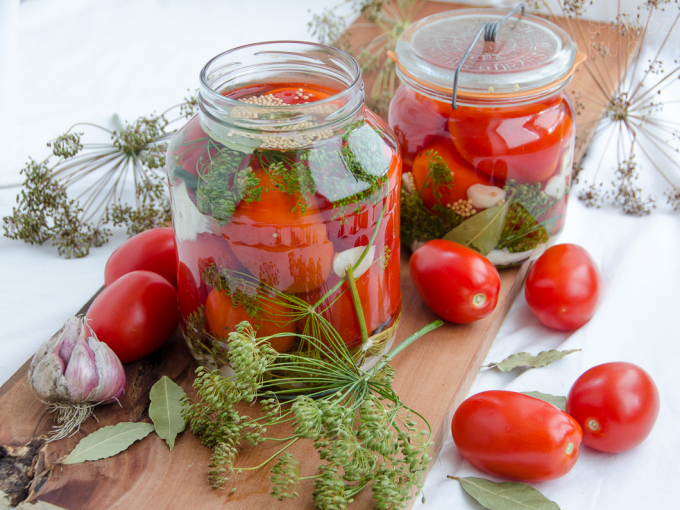 Маринованные помидоры по особому рецепту
