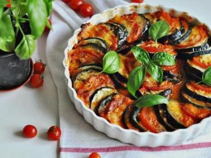 Рататуй: сочетание баклажанов, кабачков и томатов