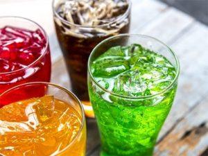 Газированные и другие сахаросодержащие напитки,