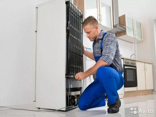 Мастера для ремонта и разморозки холодильников Samsung в долг