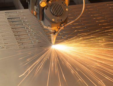 Лазерная резка: особенности и применение